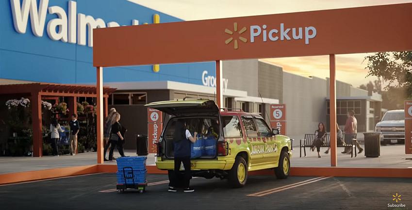 grocery pickup famous cars wallmat jurassic park - Carros famosos da cultura pop vão às compras em comercial incrível do Walmart