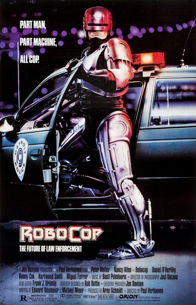 RoboCop original, 1987, conta a história do policial assassinado Alex Murphy (Peter Weller)
