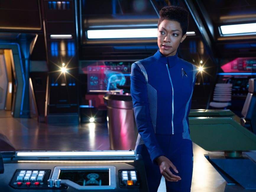 star trek discovery s2 photos 03 1 - A CBS lançou dez novas fotos da 2ª Temporada de Star Trek: Discovery.