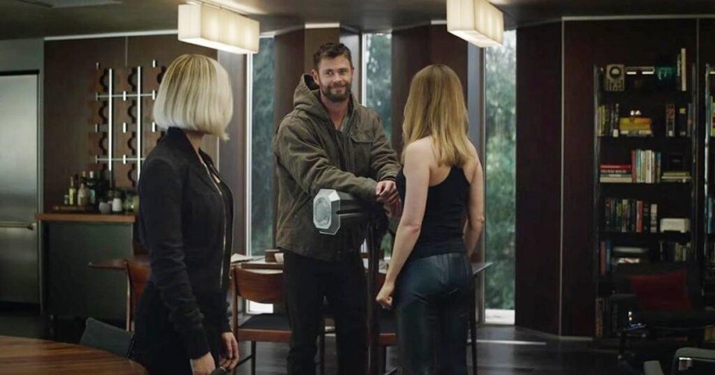 Vingadores Ultimato - Thor e Capitã Marvel