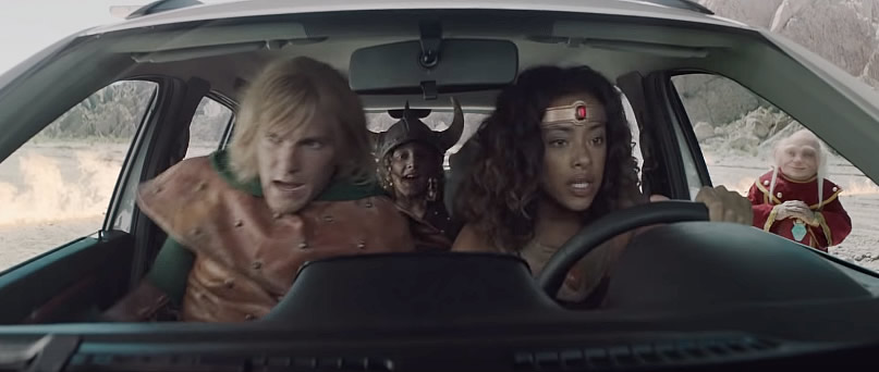 Caverna do Dragao comercial Renault Kwid Outsider cena - Caverna do Dragão | Renault lança comercial para promover o Kwid Outsider