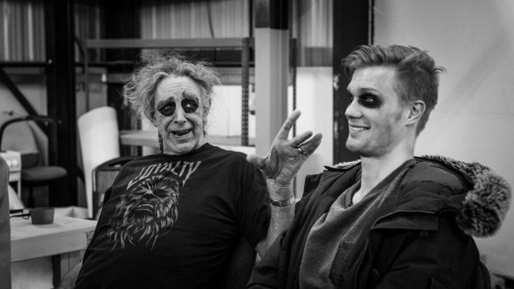 Peter Mayhew e Joonas Suotamo Star Wars 1024x576 - STAR WARS | Peter Mayhew, ator que interpretou Chewbacca, morre aos 74 anos