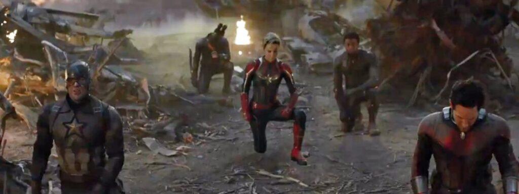 Vingadores Ultimato - Cena deletada - Heróis se ajoelhando em homenagem ao Homem de Ferro