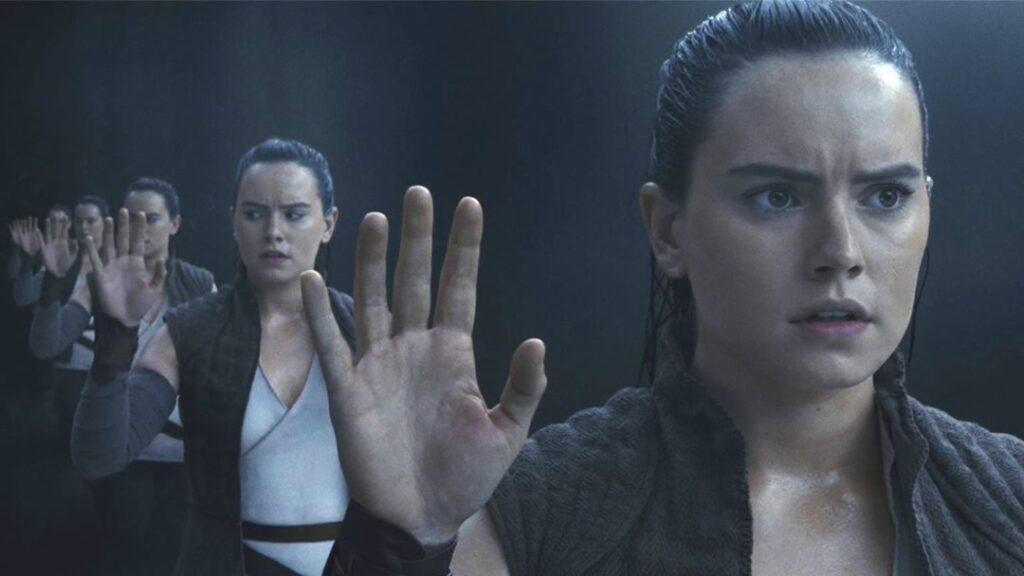 Star Wars: Os Últimos Jedi, - Rey vê vários reflexos dela na caverna