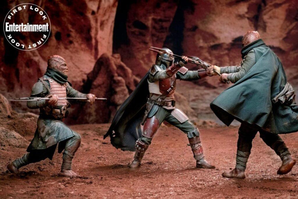 Entertainment traz destaque de capa da série The Mandalorian - Pedro Pascal