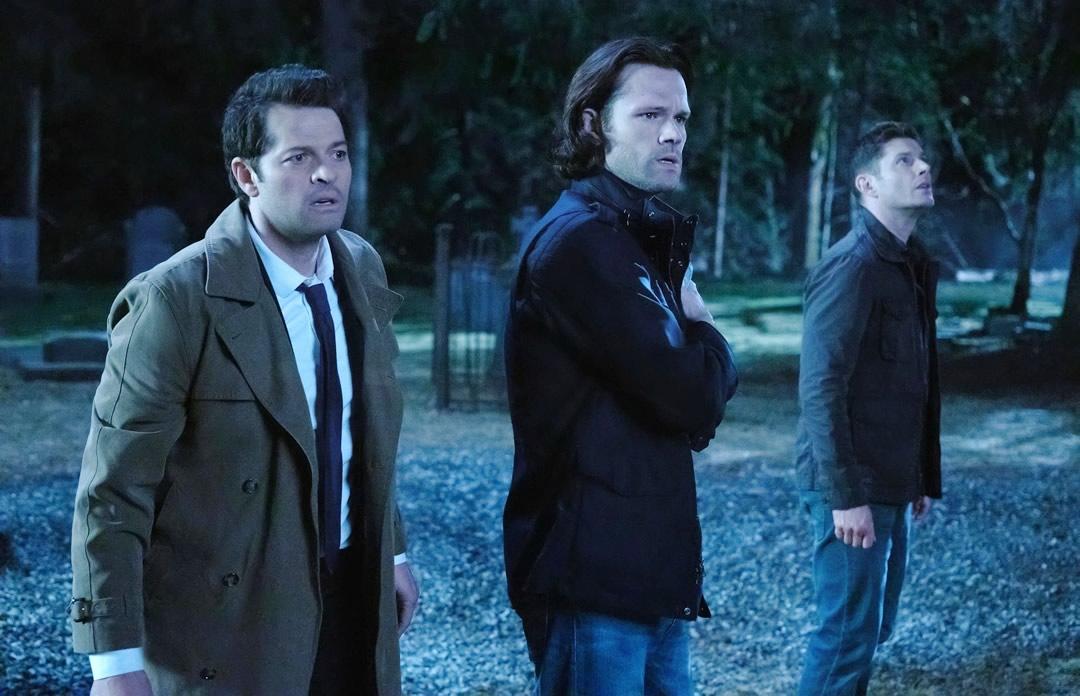 Supernatural | Sam e Dean enfrentam os monstros no trailer da temporada final