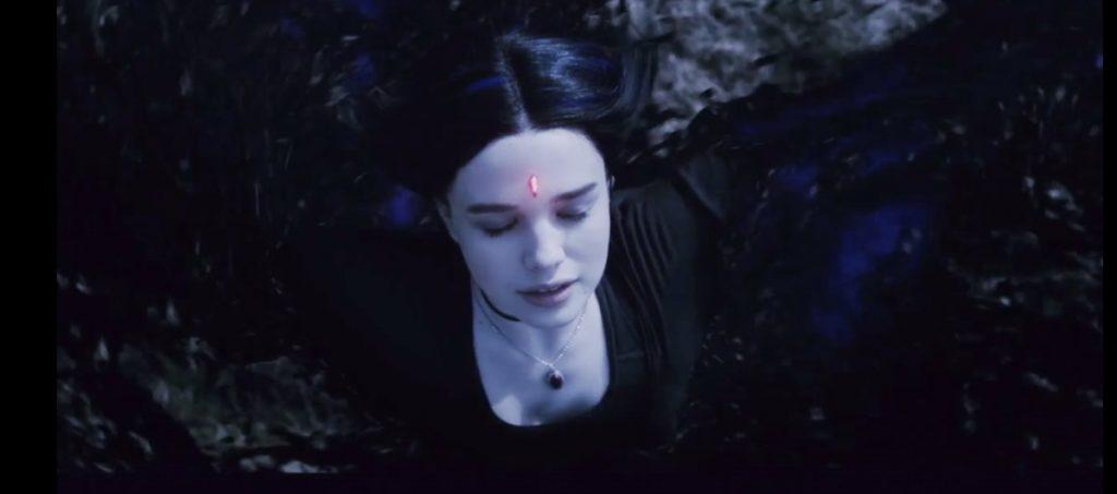 Titans Segunda Temporada - Ravena enfrenta Trigon