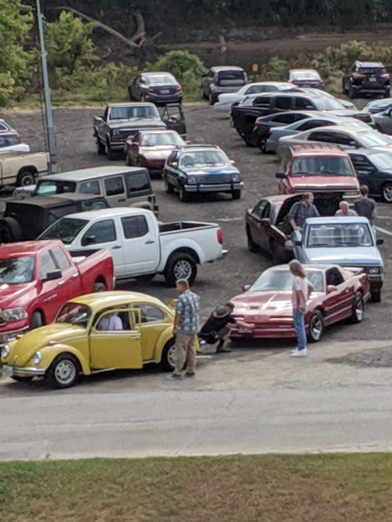 Stranger Things 4 - Carro de Hopper foi visto no set da série