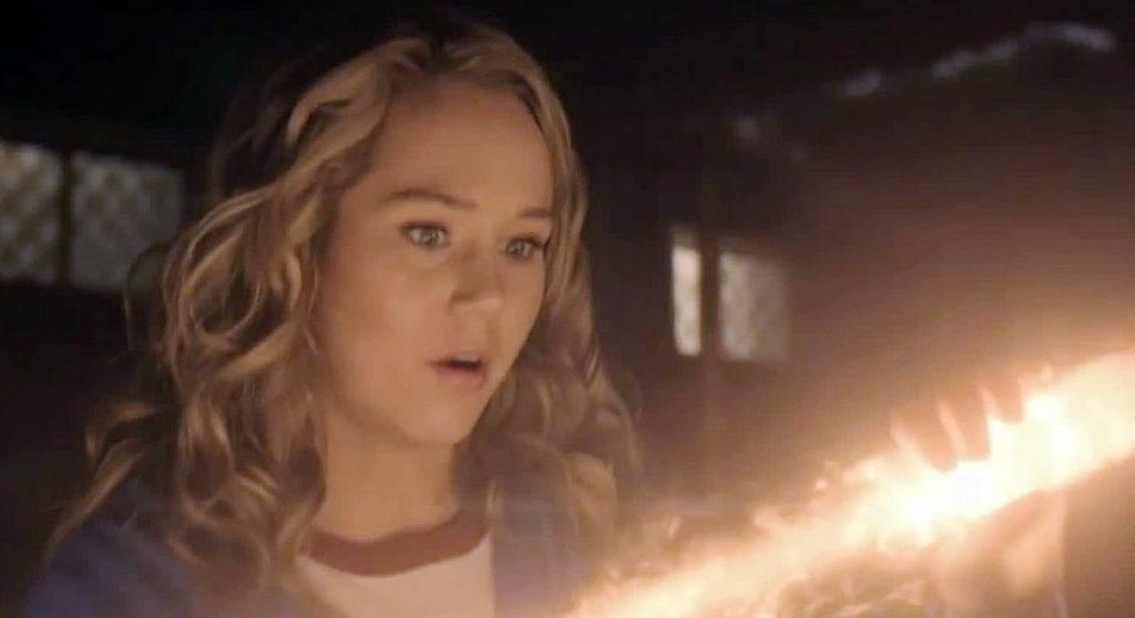 Stargirl - Courtney Whitmore - trailer de origem - série DC