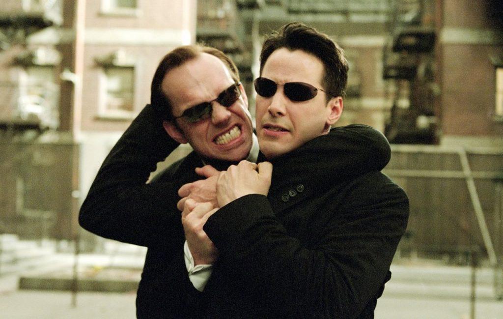Hugo Weaving não será o Agente Smith em Matrix 4