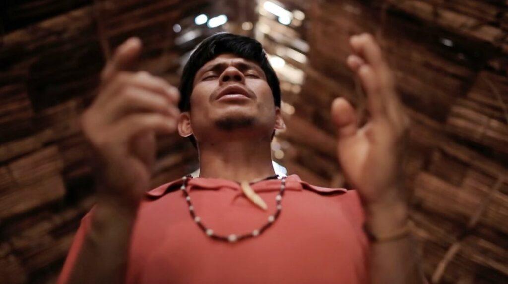 Trinta Povos é o sétimo longa do cineasta gaúcho Zeca Brito onde investiga as missões jesuíticas.