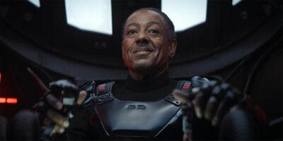 The Mandalorian | Giancarlo Esposito disse que o Sabre Negro será destaque na segunda temporada