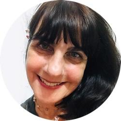 Escritora Alexandra Mahler Frisselli
