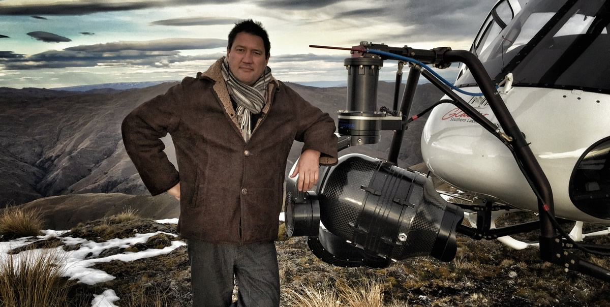 Diretor e produtor Mark Toia - MONSTERS OF MAN