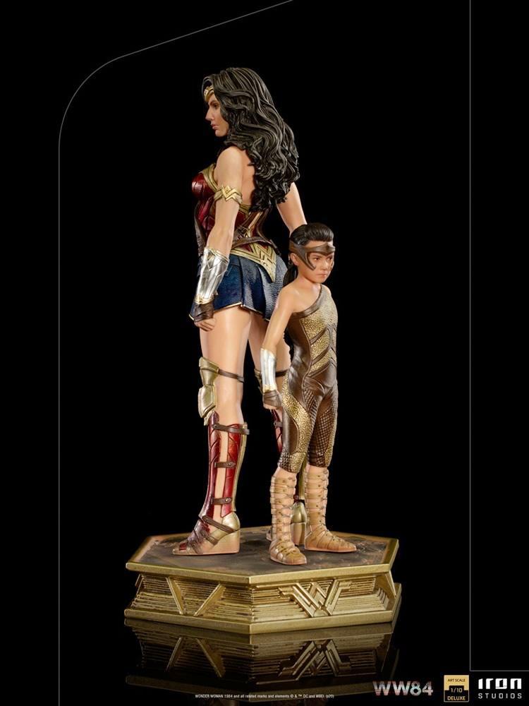 ww84 versao mulher maravilha 1984 iron studios 1 - A evolução da Wonder Woman by Iron Studios