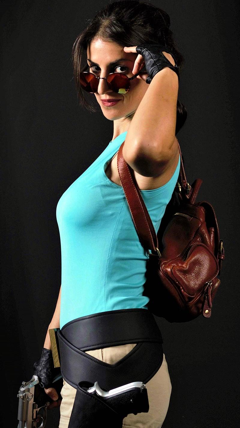 crofty model cosplayer tomb raider lara croft - Crofty - The Old School Lara Croft Cosplayer