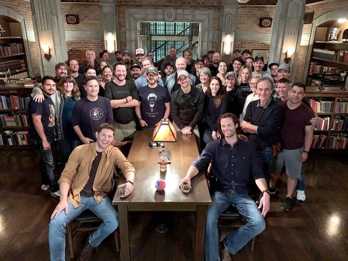 Supernatural | Fim das gravações tem despedidas de Sam e Dean Winchester