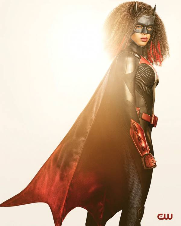 batwoman1 - CW divulgou o visual da nova Batwoman que será interpretado por Javia Leslie