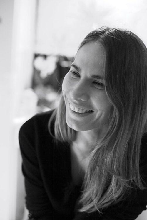 Colombia in My Arms   Longa documental - Diretora Jenni kivistô