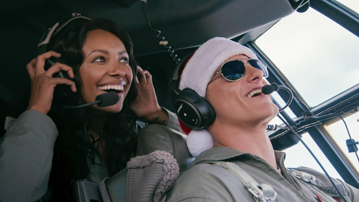 Missão Presente de Natal | Comédia romântica com Kat Graham e Alexander Ludwig na Netflix