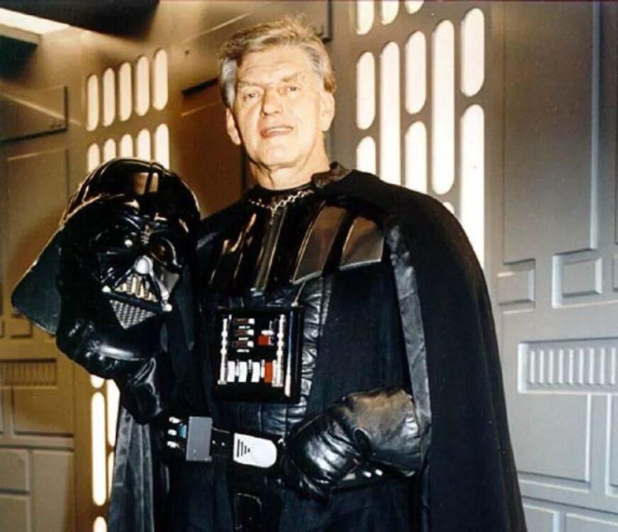 Star Wars | Morre aos 85 anos David Prowse, o ator que interpretou Darth Vader na trilogia original