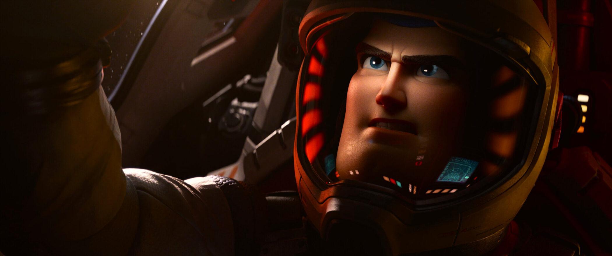 Filme de BUZZ LIGHTYEAR da Pixar será dublado por Chris Evans