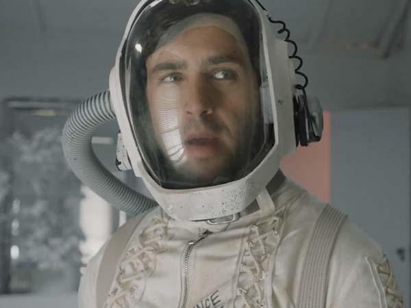 doors ficcao cientifica com josh peck c - DOORS   Ficção científica cósmica com Josh Peck