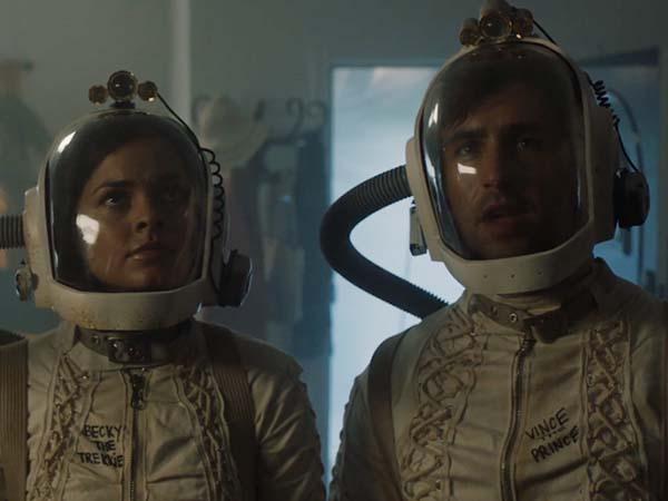 doors ficcao cientifica com josh peck e - DOORS   Ficção científica cósmica com Josh Peck