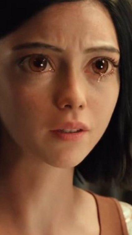 Alita: Anjo de Combate | A razão da personagem ter olhos grandes no live action