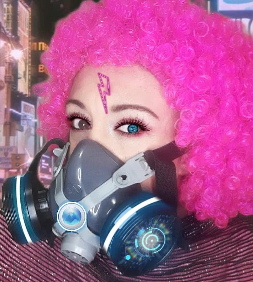 cosplayer cinerockgirl crazy - Gabriella Ponte - Cosplayer CineRockGirl