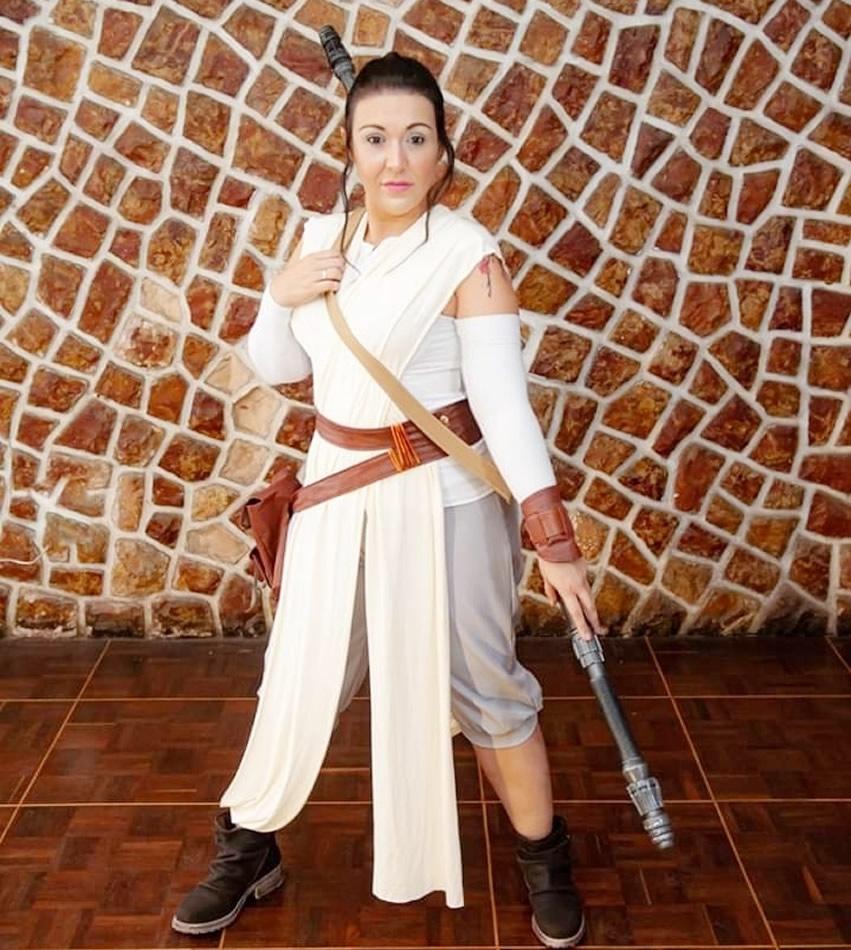 cosplayer rey star wars cinerockgirl - Gabriella Ponte - Cosplayer CineRockGirl