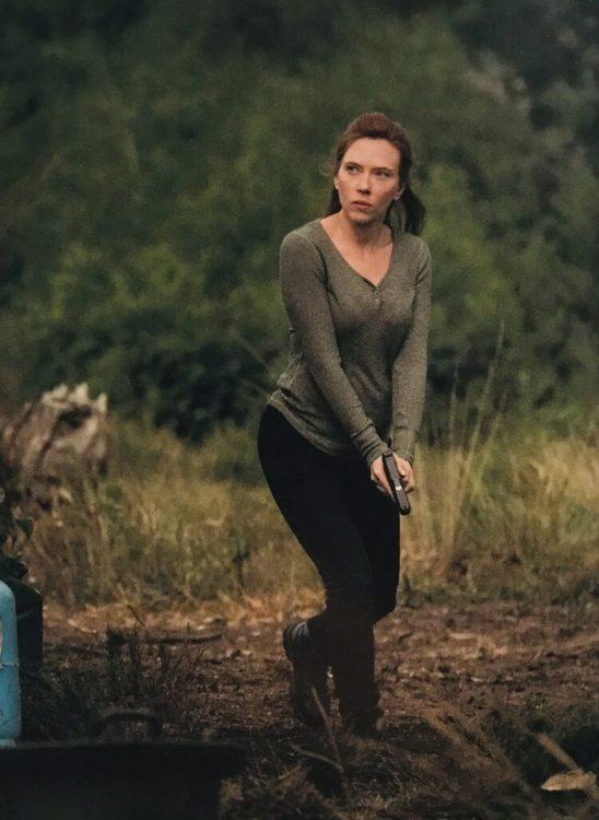 Viúva Negra   Novas fotos divulgadas do filme com Scarlett Johansson e Florence Pugh