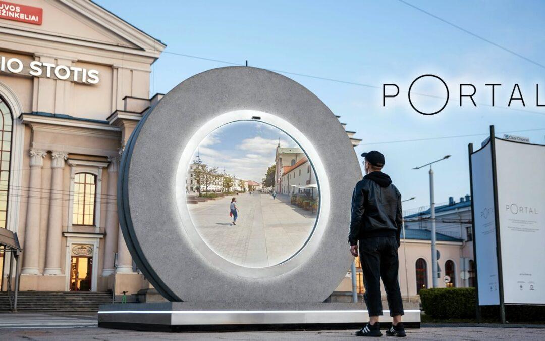 PORTAL | Tecnologia futurista conecta pessoas entre duas cidade em tempo real no estilo de ficção científica