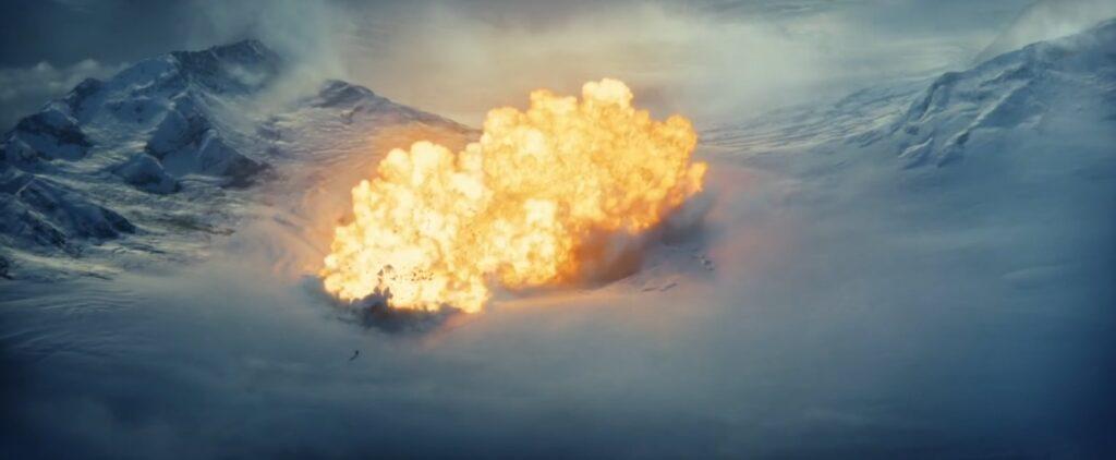 a guerra do amanha nave dos garras brancas explode 1024x422 - A Guerra do Amanhã - Análise e Teoria sobre o final da Ficção Científica com Chris Pratt na Amazon Prime Video