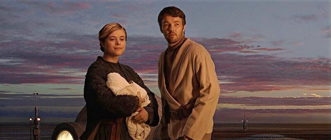 Tio Owen e Tia Beru Lars em Tatooine, cena vista em Star Wars Episódio III A Vingança dos Sith