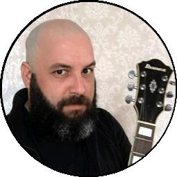 Sobre o autor Rodrigo Ciarlini