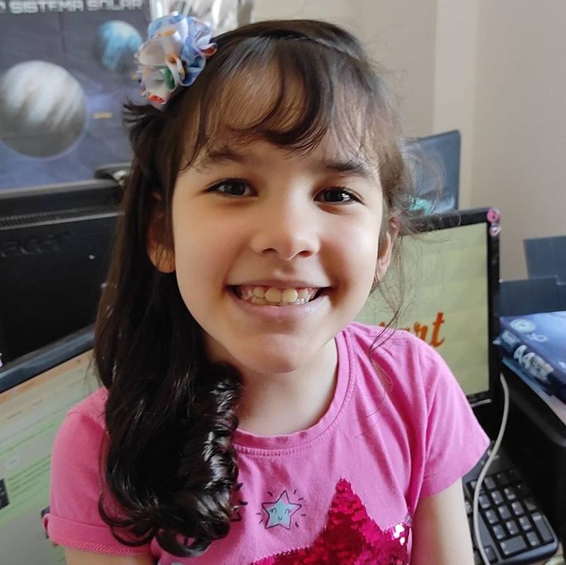 Nicole-Oliveira-Astronoma-Amadora-e-Divulgadora-Científica-3