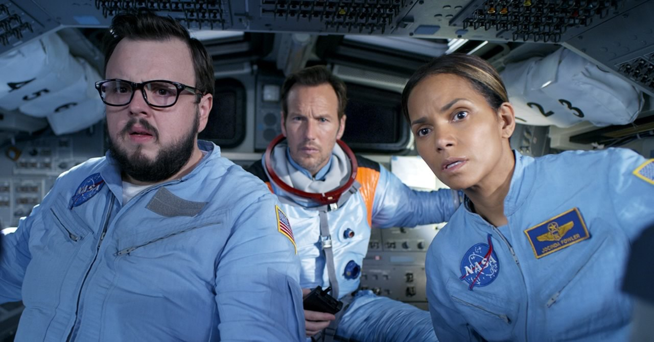 Moonfall | Filme catástrofe espacial de Roland Emmerich com Halle Berry e Patrick Wilson