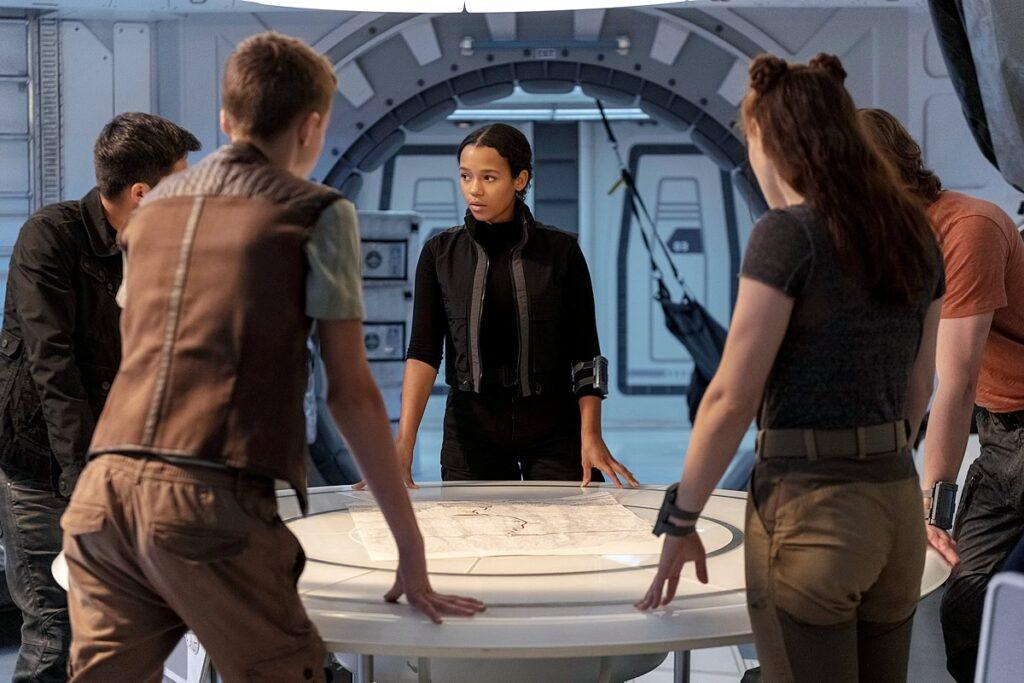 Perdidos no Espaço | Netflix divulga trailer da terceira, e última, temporada das aventuras da família Robinson